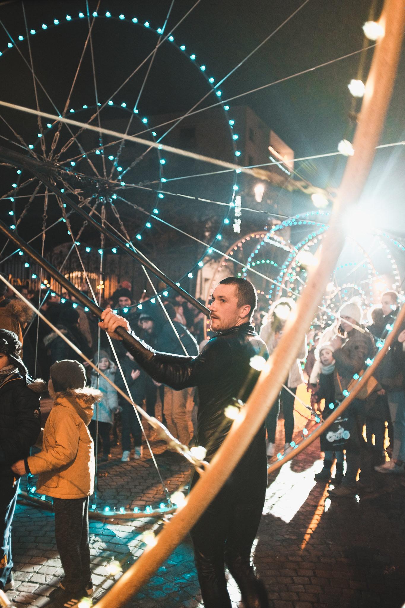 Parade 20ème édition des Habits de Lumière Épernay