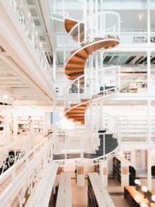 Escalier BAnQ Vieux Montreal